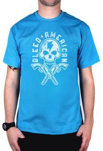 Camiseta Bleed American Skull Gun Turquesa.