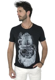 Camiseta Hunter Pirata Preto