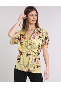 Blusa Feminina Acetinada Estampada Floral Transpassada Manga Curta Decote V Amarela