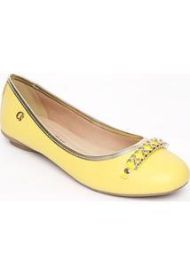 Sapatilha Em Couro Com Fivela- Amarela & Douradacarmen Steffens