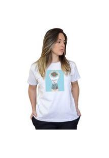 Camiseta Boutique Judith Love Is Everywhere Branco
