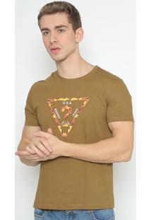 Camiseta Logo Abstrato - Marrom & Vinho - Guessguess