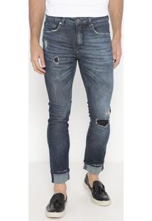 Jeans Skinny Destroyed Com Bigodes- Azul Escuro- Calcalvin Klein