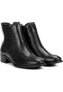 Bota Chelsea Shoestock Flat Couro Feminina - Feminino-Preto