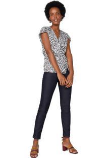 Calça Jeans Básica Com Bordado