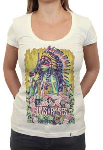 Girl Guns And Roses - Camiseta Clássica Feminina