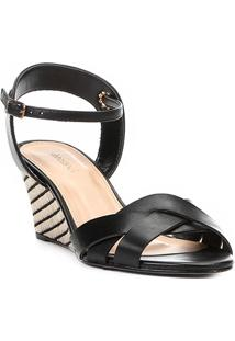 Sandália Anabela Couro Shoestock Ráfia Feminina - Feminino-Preto