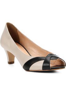 ddabd11192 ... Peep Toe Couro Shoestock Salto Grosso Bicolor - Feminino-Off White+Preto