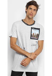 Camiseta Fatal Gola Retilínea Recorte Masculina - Masculino-Gelo