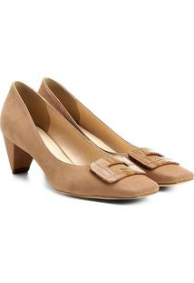 Scarpin Couro Shoestock Salto Baixo Bico Quadrado Fivela Forrada - Feminino-Bege