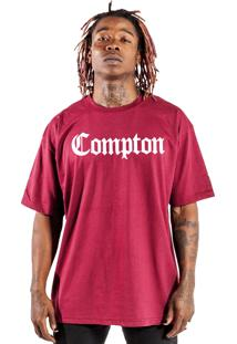 Camiseta Wanted Custom Compton Bordô