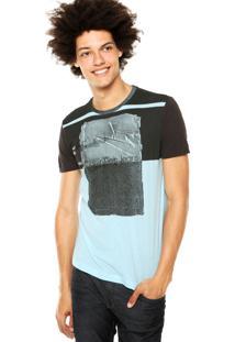 Camiseta Calvin Klein Jeans Estampa Recortes Verde/Preto