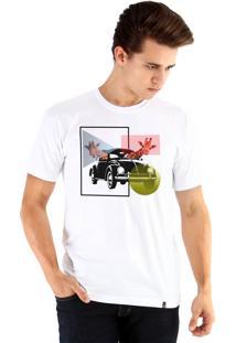 Camiseta Ouroboros Girafas Branco