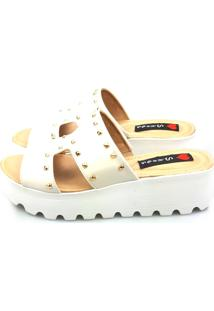 Anabela Tamanco Love Shoes Flaform Tratorado Spike Verniz Off White