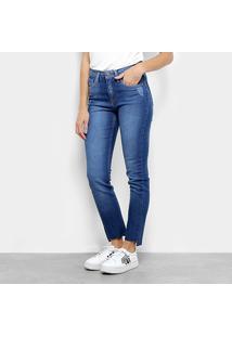 ... Calça Jeans Slim Calvin Klein Five Pockets Cintura Média Feminina -  Feminino 5403f83568
