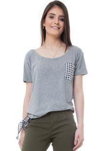 T-Shirt Rosa Line Jeans Com Bolso E Detalhe Em Vichy