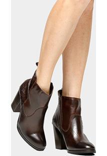 f78512f9e87 ... Bota Couro Cano Curto Shoestock Croco Traseiro Feminino -  Feminino-Marrom
