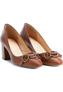 Scarpin Couro Shoestock Salto Médio Argolas - Feminino-Marrom