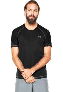 Camiseta Oakley Tech Knit Preta