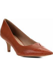 Scarpin Couro Shoestock Recortes Salto Baixo - Feminino-Caramelo