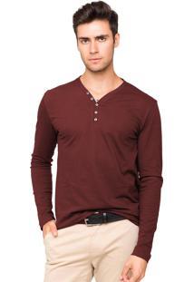 Camiseta Tony Menswear Com Elastano Gola V Vermelho Queimado