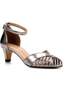 Sandália Shoestock Salto Baixo Metalizada Feminina - Feminino-Prata