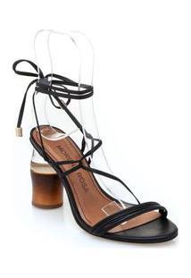 Sandalia Salto Madeira E Acrilico Com Amarracao Preto