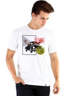 Camiseta Ouroboros Manga Curta Girafas - Masculino-Branco