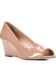 Peep Toe Shoestock Anabela Verniz Salto Médio - Feminino-Nude