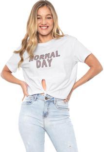 Camiseta Dzarm Normal Day Branca