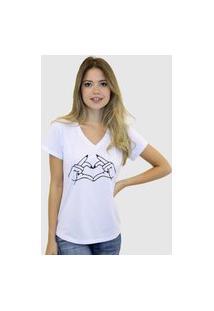 Camiseta Suffix Blusa Branca Sem Estampa Basica Gola V Estampa Mãozinha Fazendo Coração