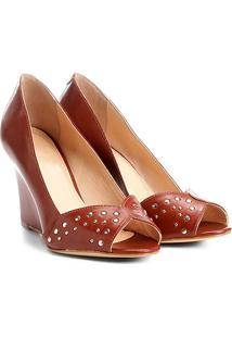 Peep Toe Shoestock Anabela Tachas - Feminino-Caramelo