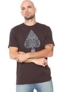 Camiseta Mcd Paisley Marrom