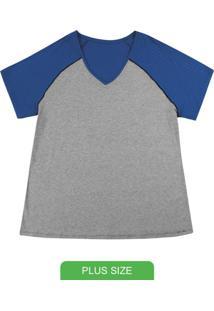 Blusa Básica Com Decote V E Detalhe Azul