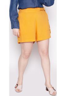 Shorts Almaria Plus Size Kayla Viseu Viscose Mostarda - Amarelo - Feminino - Viscose - Dafiti