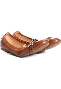 Sapatilha Couro Shoestock Elástico Metais Feminina - Feminino-Caramelo