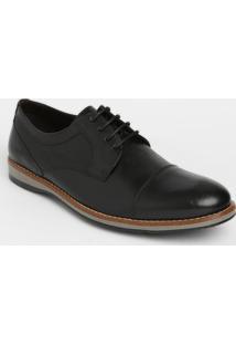Sapato Social Em Couro Com Recorte- Pretocns