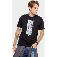 c8407137bb Camiseta Cavalera Estampa Monroe Tattoo Masculina - Masculino-Preto