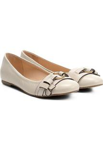 Sapatilha Couro Shoestock Argola Metal Feminina - Feminino-Off White