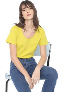 Camiseta Colcci Básica Amarela