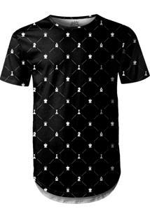 Camiseta Longline Over Fame Xadrez Preto