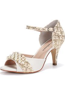 Sandália New Elegance Renda Ouro Com Bordado Em Pérolas E Salto Fino Médio