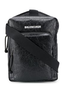 Balenciaga Bolsa Transversal Explorer - Preto