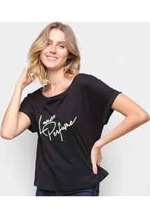 Camiseta Lança Perfume Decote Canoa Feminina - Feminino-Preto