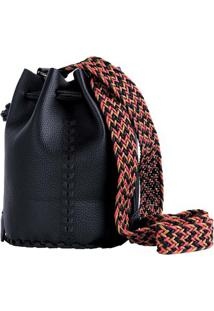 Bolsa Feminina Tipo Saco Com Bordado E Alça Trançada