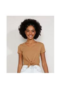 Camiseta Feminina Manga Curta Cropped Canelada Com Nó Decote V Caramelo