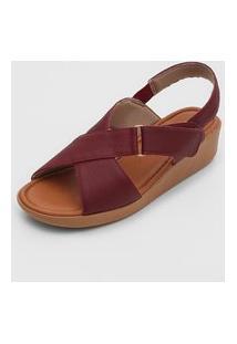Sandália Usaflex Tiras Cruzadas Vinho