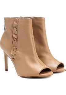 Ankle Boot Couro Shoestock Salto Fino Babado Lateral - Feminino