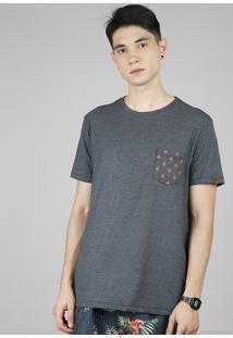 Camiseta Masculina Com Bolso Estampado De Peixes Manga Curta Gola Careca Cinza Mescla Escuro