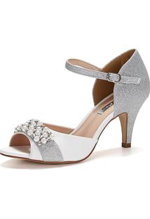Sandália New Elegance Branca Glítter Prata Com Bordado Em Pérolas E Salto Fino Médio